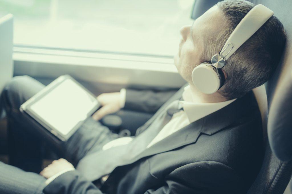 Oggetti utili in treno musica