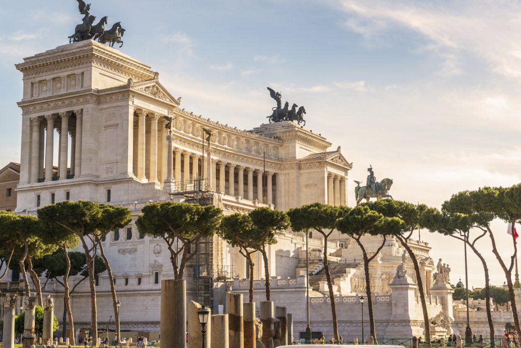 Quanto dista Roma Termini dall'Altare della Patria
