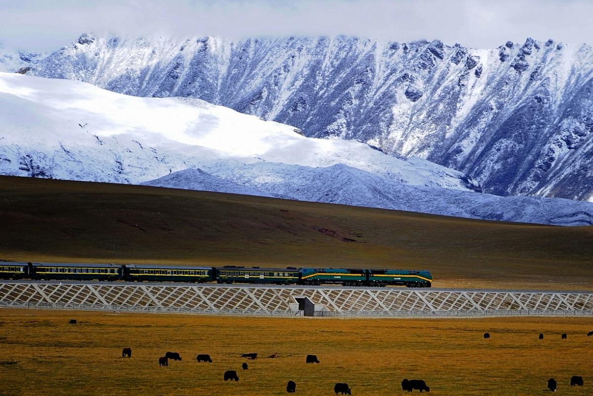 Ferrovia Qingzang tratte ferroviarie da record © Quatro Valvole Wikimedia Commons