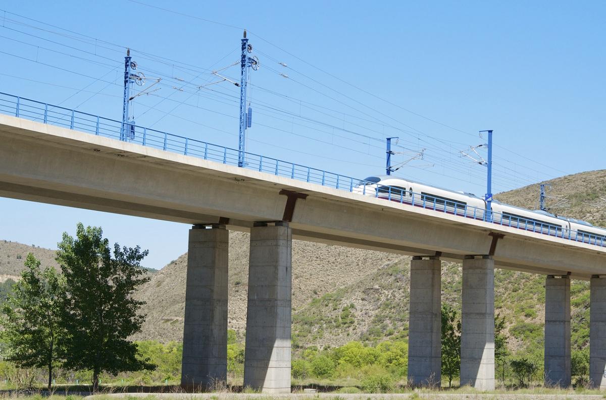 treni ad alta velocità in spagna storia ave