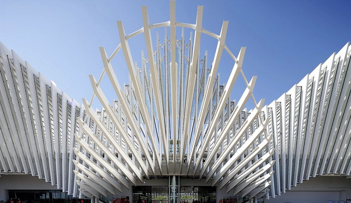 Reggio Emilia AV Mediopadana: alla scoperta della stazione di Calatrava