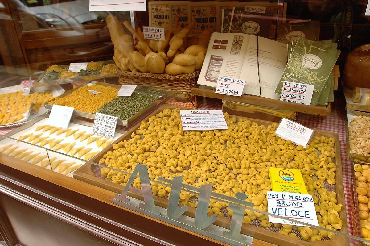 migliori botteghe gastronomiche bologna paolo atti