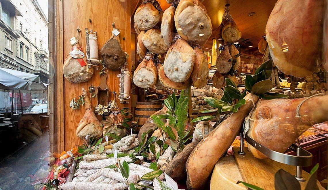 Regali di Natale gastronomici? Lo shopping goloso ti aspetta a Bologna