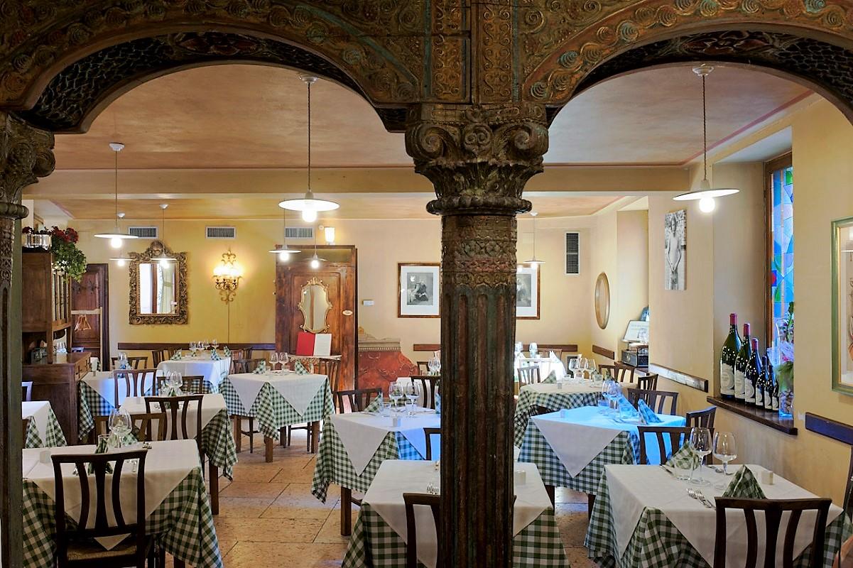Ristoranti a Verona - Osteria da Ugo locale