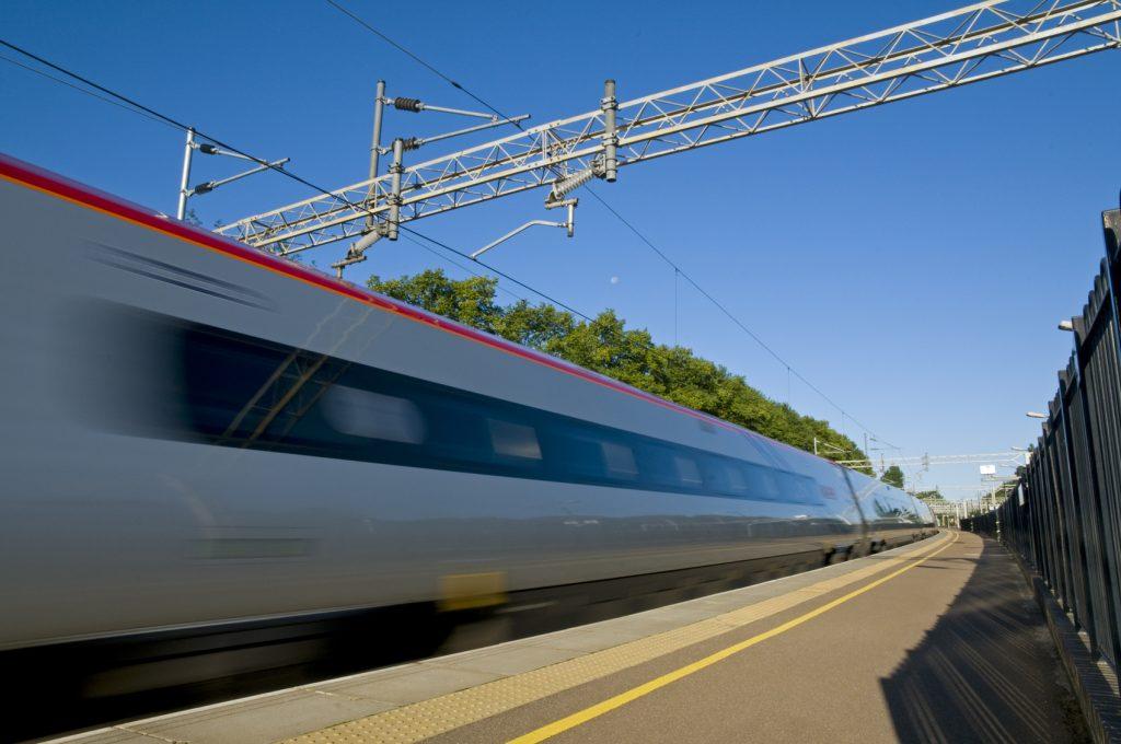 Treno ad alta velocità come funziona