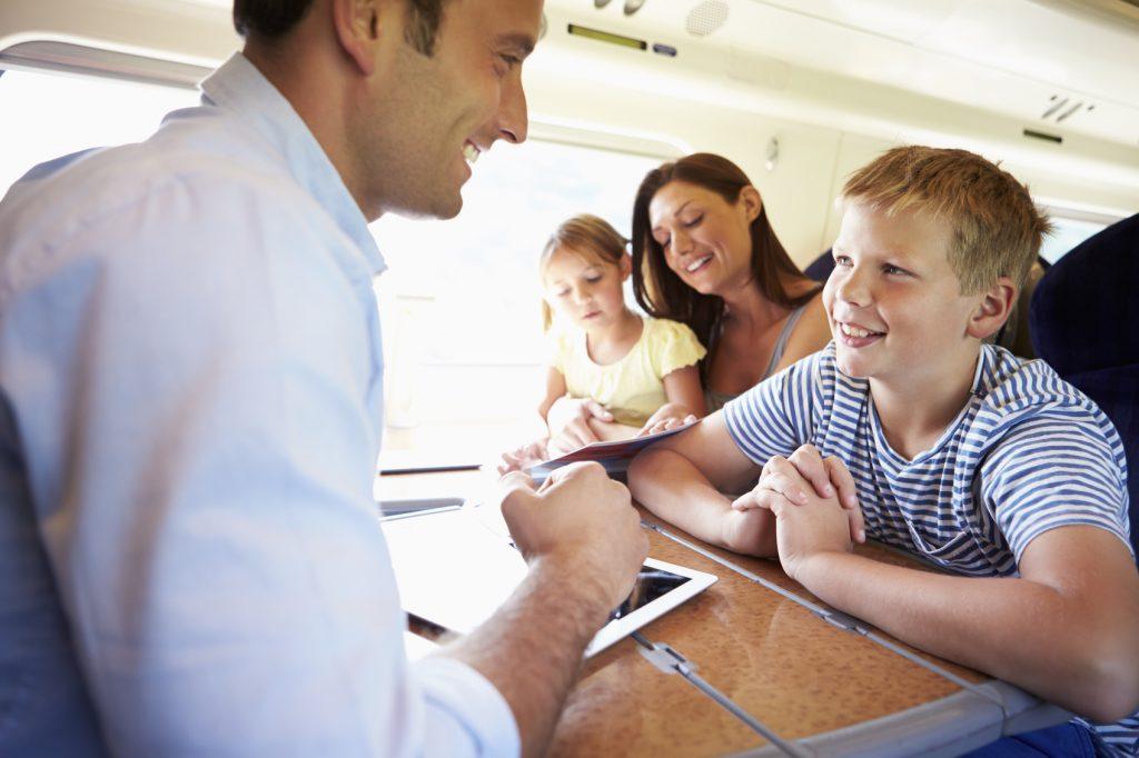 Migliori passatempi per bambini in viaggio giochi tascabili