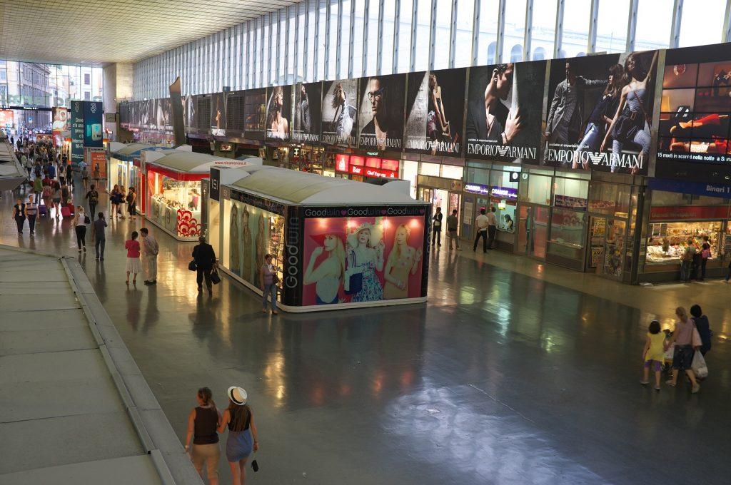 shopping alla stazione termini negozi