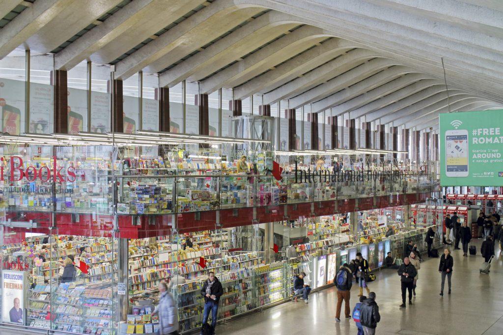Shopping alla Stazione Termini negozi Borri Books