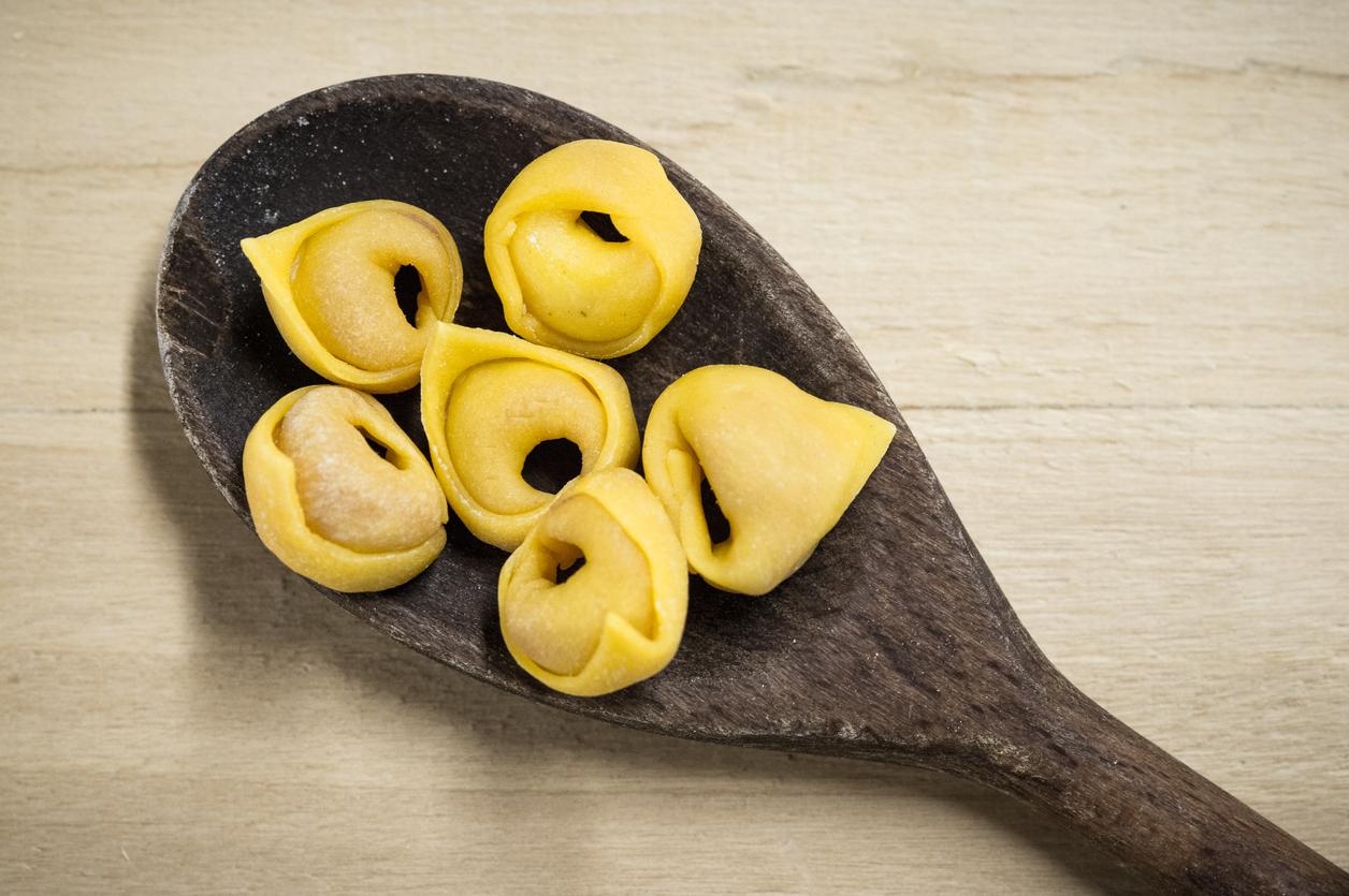 dove mangiare tortellini a bologna sfoglia rina