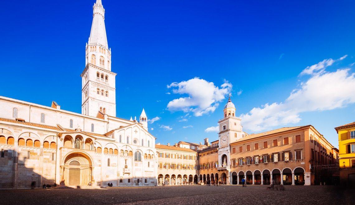 Modena e dintorni Ferrari Pavarotti