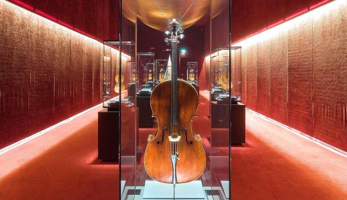 visitare cremona in un giorno museo del violino torrone