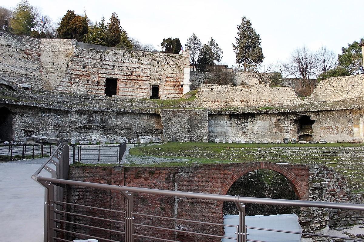 parco archeologico brescia teatro romano