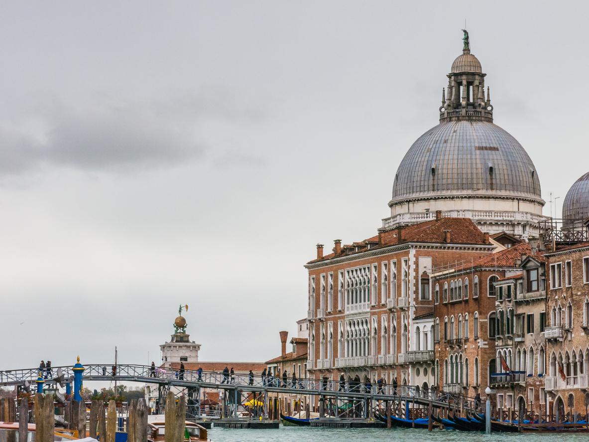 venezia festa della madonna della salute 2017 ponte votivo