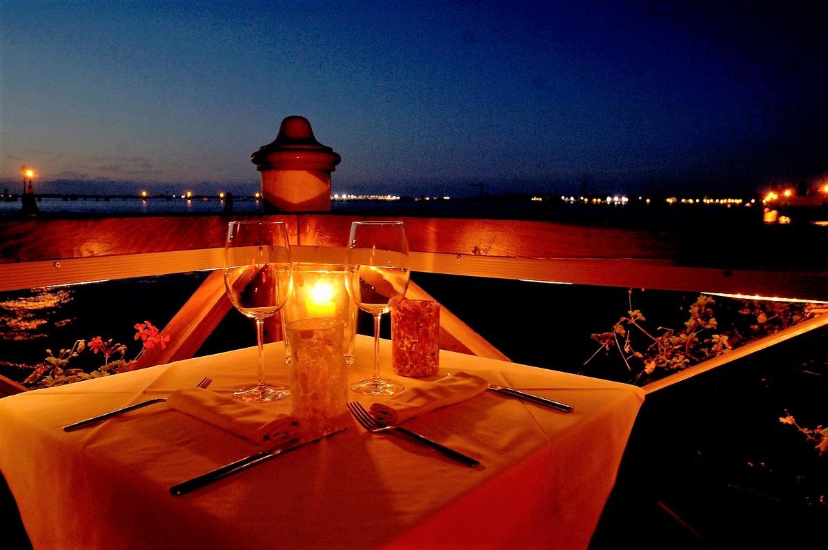 cena romantica festeggiare san valentino venezia