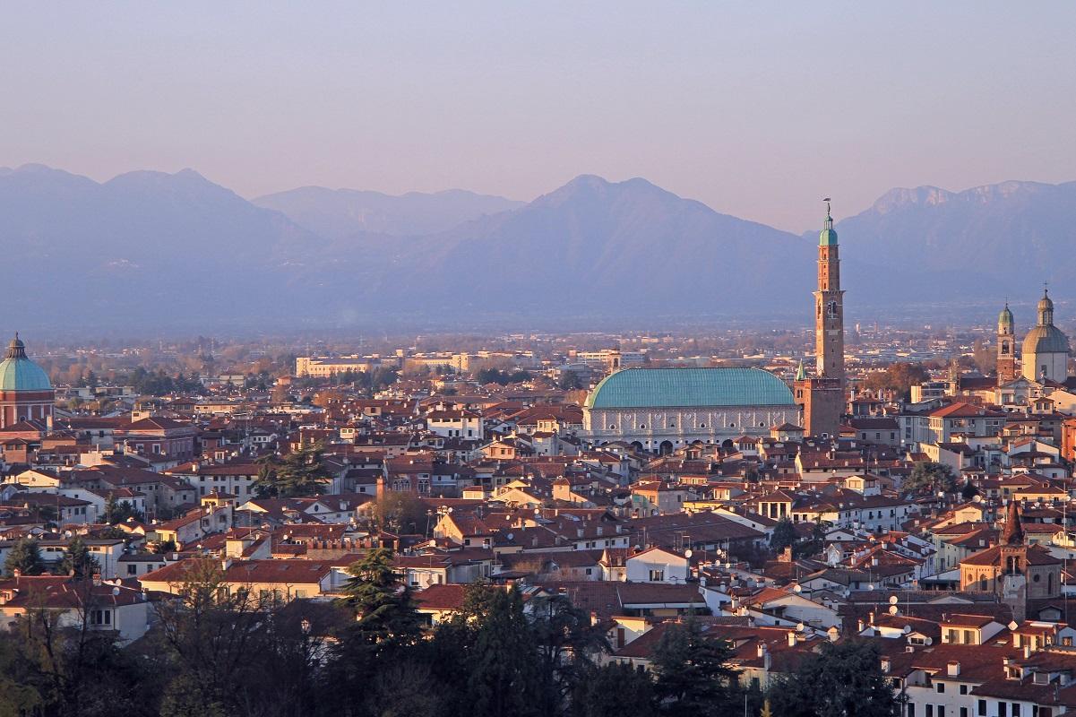 Milano-Venezia-in-treno-per-lavoro-tutti-i-distretti-produttivi Vicenza