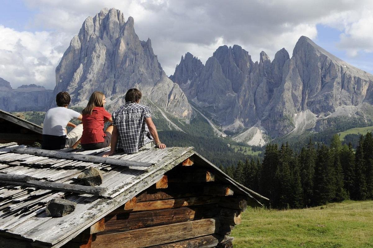 Estate in montagna Scopri Bolzano tra escursioni e aperitivi CREDITS seiseralm alpe di siusi