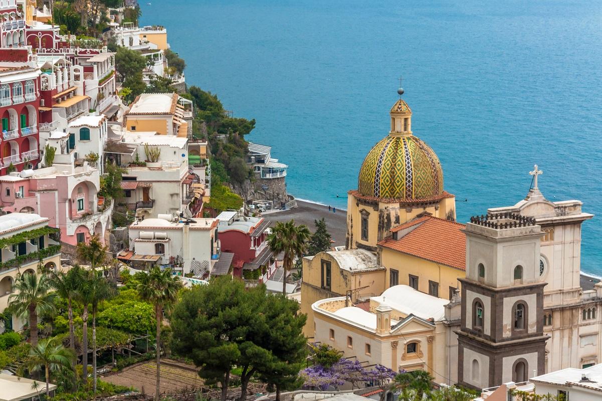 Positano mare spiagge da sogno in Costiera Amalfitana - chiesa