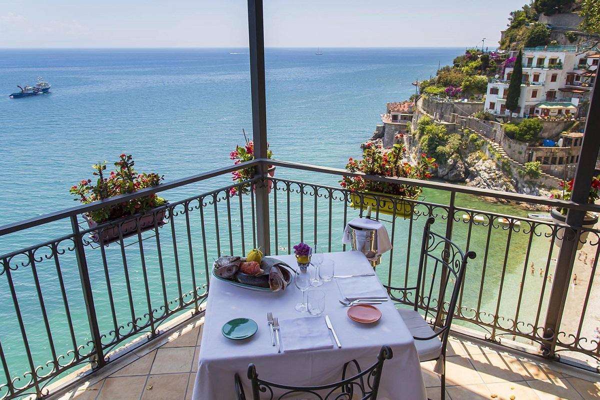 Ristoranti vista mare a Salerno: una cena romantica per due - Falalella