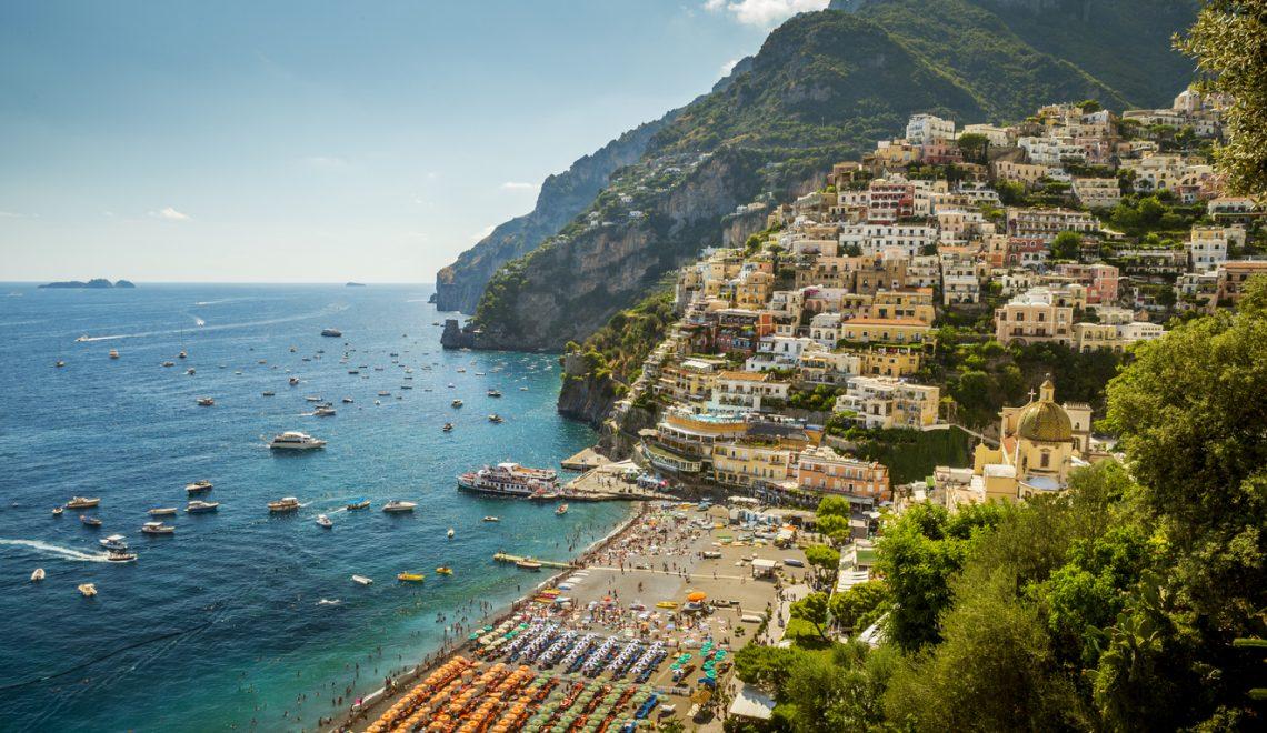 Ecco le spiagge raggiungibili in treno più belle del Sud Italia
