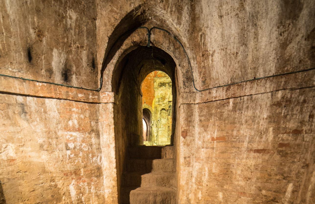 Visitare la Bologna sotterranea dai canali ai Bagni di Mario - Bagni di Mario Jennika Argent via Flickr