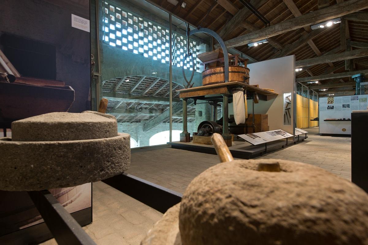 Musei del cibo Parma - Museo della Pasta - Collecchio (Foto L. Rossi) - I mulini a pietra