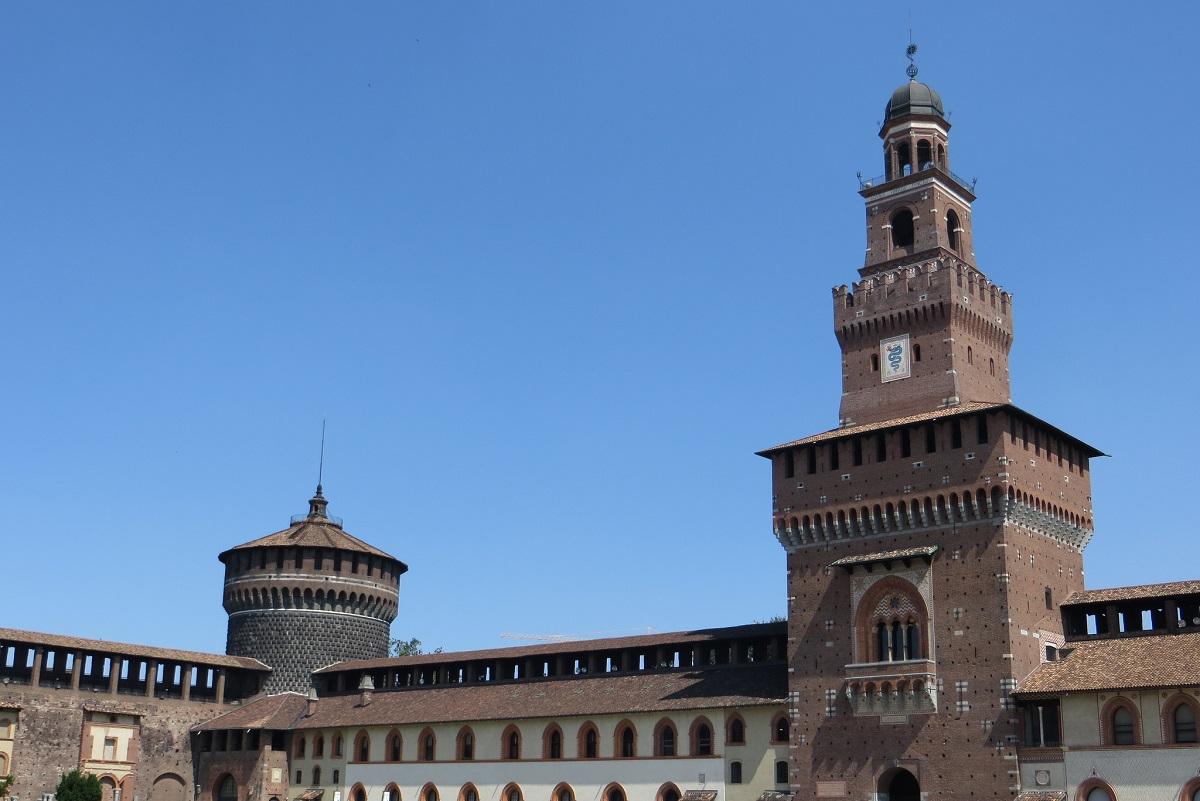 Castelli più belli - Milano credits Tim Rawle via Flickr