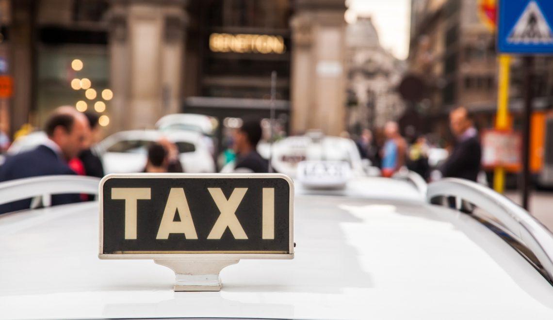Come prenotare un taxi