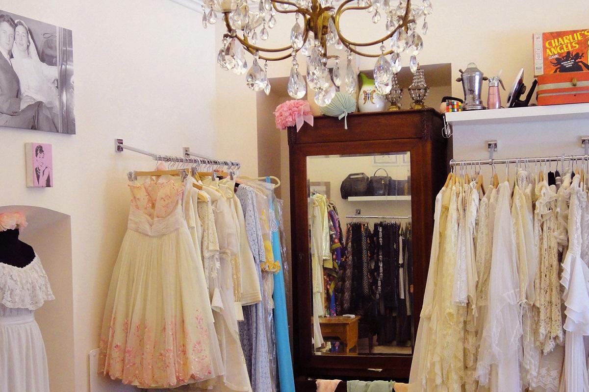 Fare shopping vintage  i negozi più particolari a Milano 08f5517ec8e