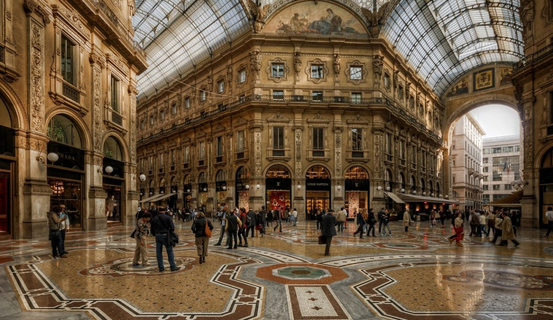 A Milano per i saldi dove fare shopping credits Ian Hill via Flickr