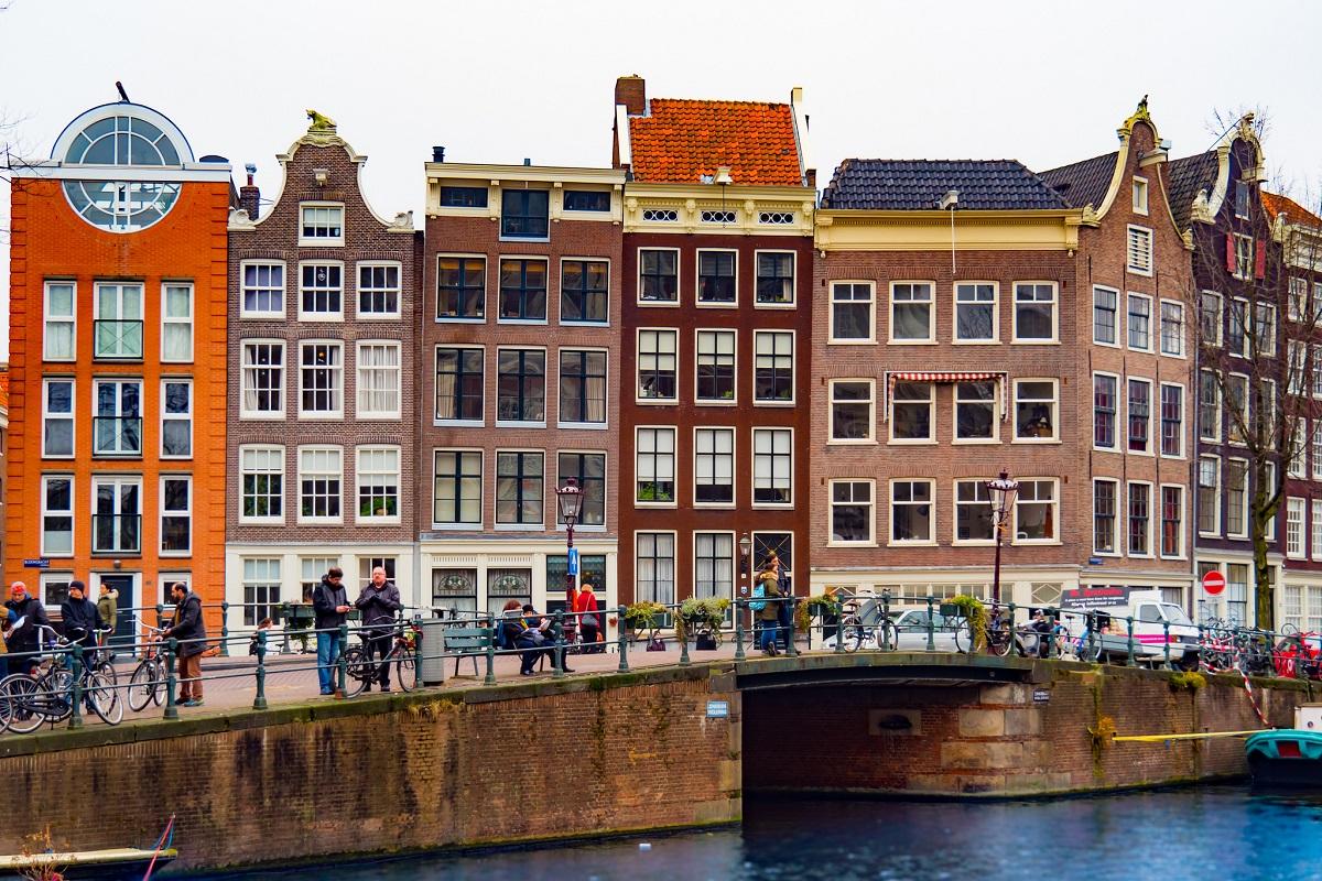 Thalys Bruxelles Amsterdam - Amsterdam credits jim2302 via Flickr