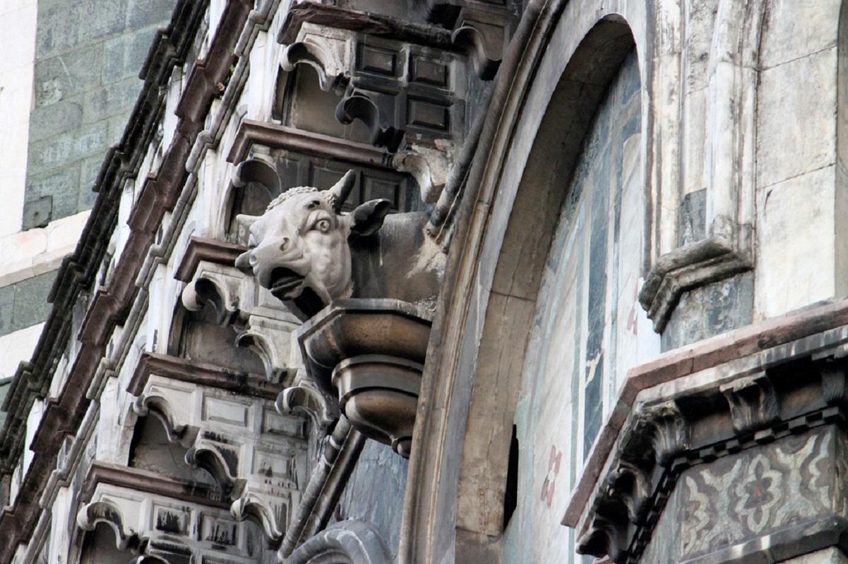 Curiosità Firenze - toro cornuto credits perleviedifirenze