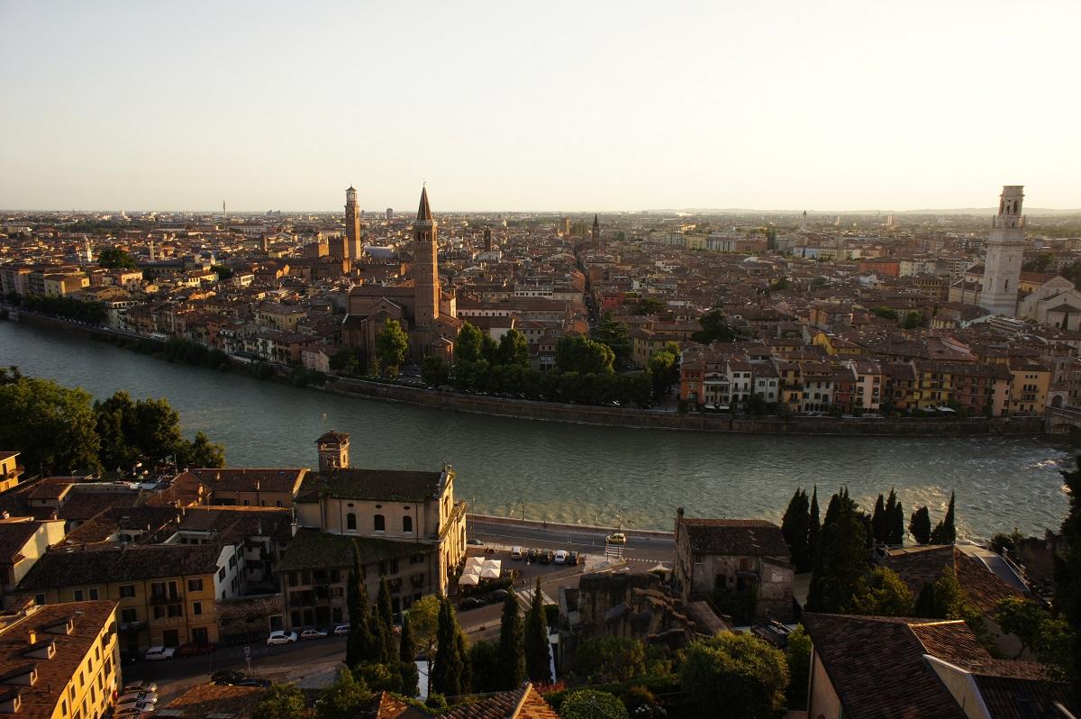 Dove andare a febbraio in Italia (non solo a San Valentino) - Verona by barnyz via Flickr