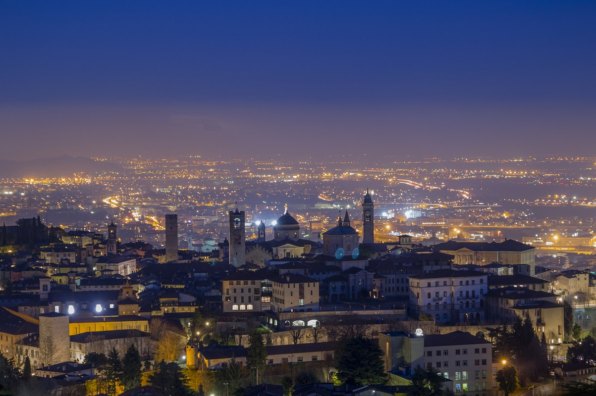 Visitare Bergamo 3 luoghi basso alto - San Vigilio by Luca de Cani via Flickr