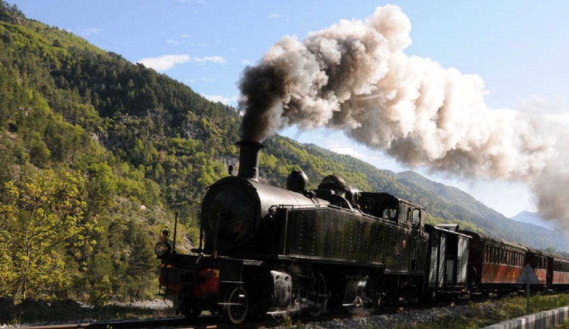 Gita in treno a vapore: la linea Nizza-Digne col treno delle pigne