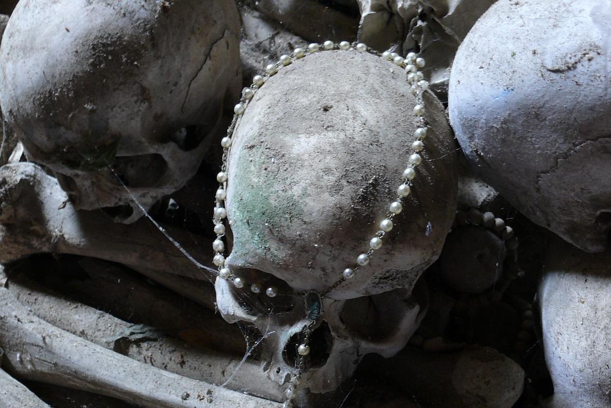 Napoli segreta luoghi da visitare - Cimitero Fontanelle credits Shamballah via Flickr