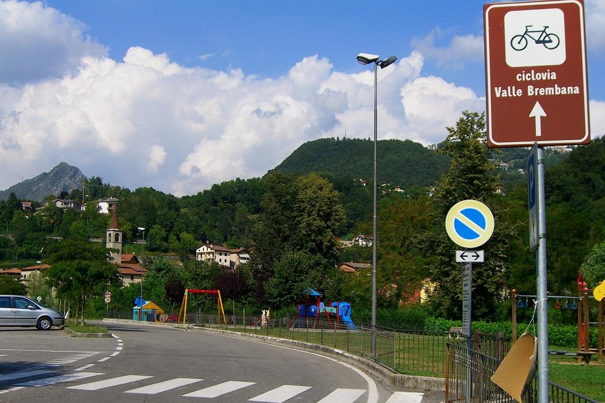 Piste ciclabili Bergamo - Val Brembana credits Sergio via Flickr
